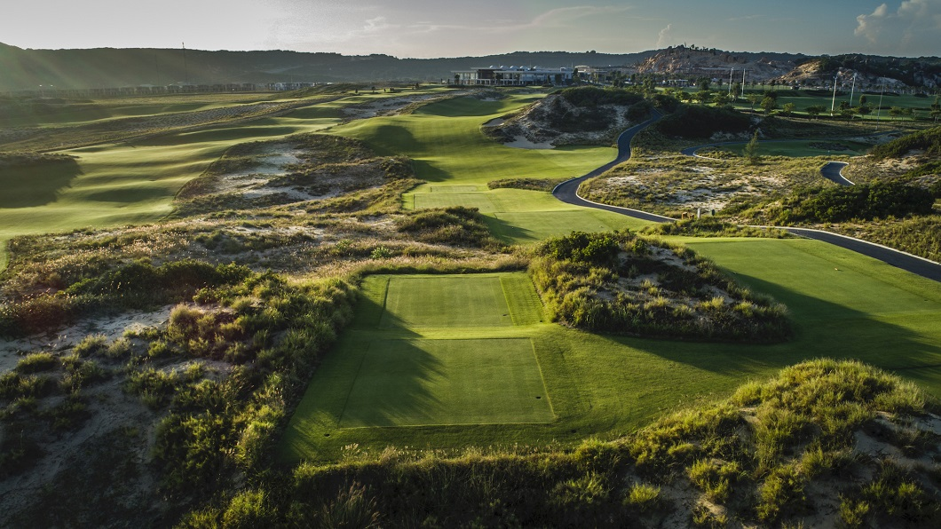 RADISSON BLU RESORT CAM RANH LAUNCHES GOLF PACKAGES